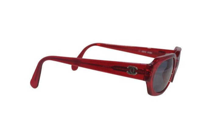 Chanel | Vintage Red Frame Sunglasses 06919
