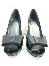 Load image into Gallery viewer, Stuart Weitzman | Peep Toe Bow Detailed Patent Leather Pumps | Size 5.5