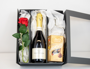 Mother's Day Baga Portuguese Sparkling Wine Gift set by Quinta do Poco Lobo