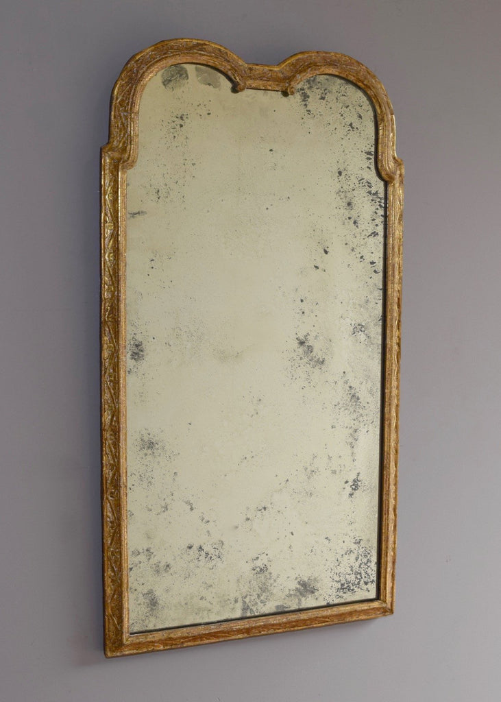 Early 18th Century English Giltwood Mirror