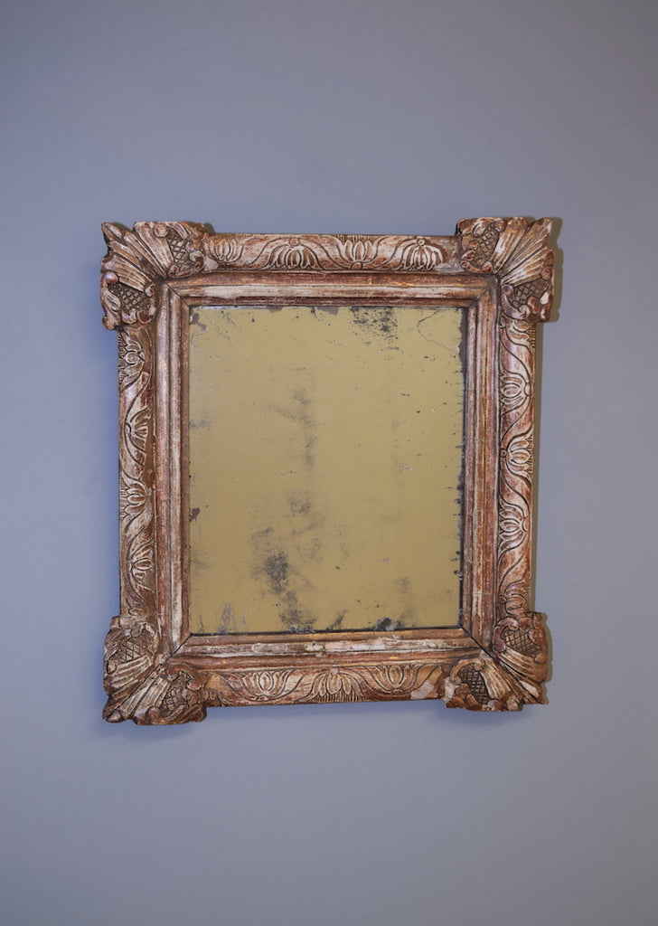 Early 19th Century Carved Giltwood French Mirror
