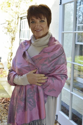 ladies pink scarf