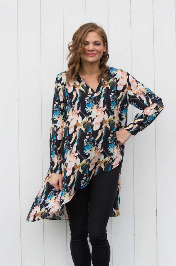 Black Floral V-Neck Shirt - Mandy's Heaven
