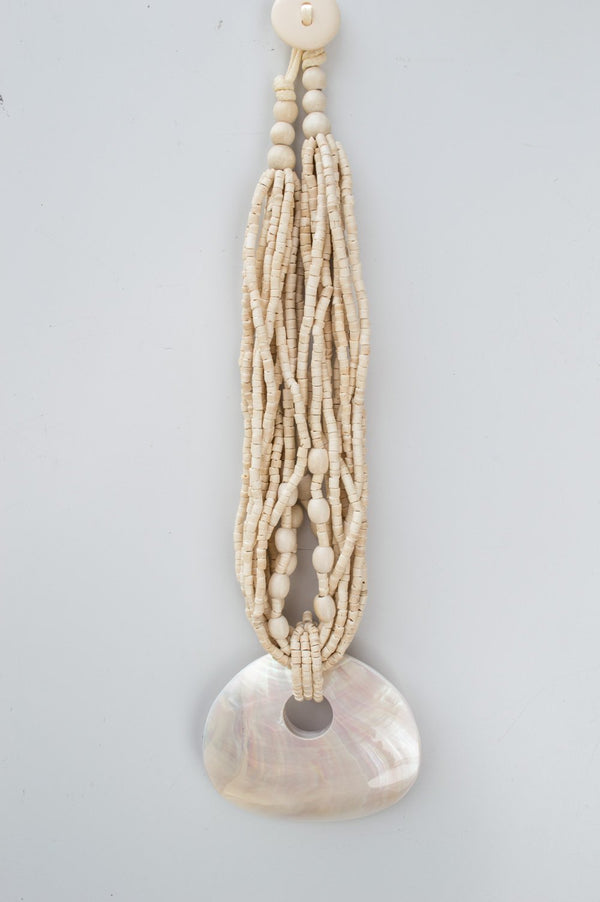 Short Cream Pearlescent Shell Wooden Necklace