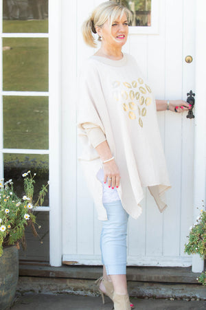 Beige lip Heart Comfort Top