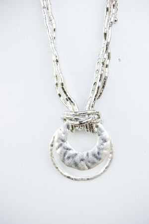 Short Silver Chunky Shell Necklace