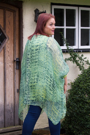 Green Snake-Print Waterfall Silk Curve