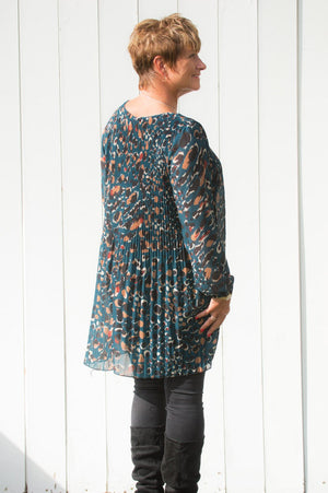 Teal Abstract-Spot Longline Top