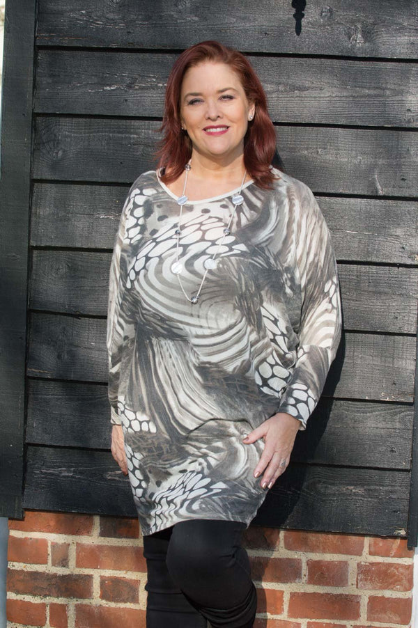 Brown and Beige Animal Print Top Curve - Mandy's Heaven