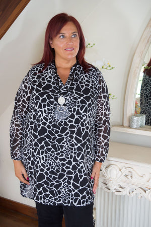 Black & White Abstract Animal Print Blouse