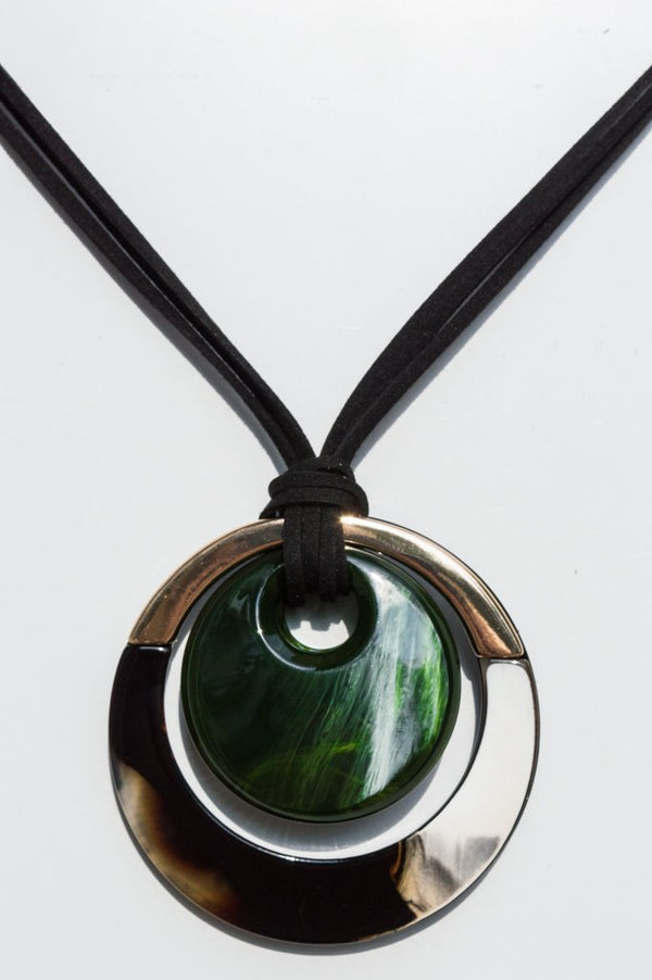 Short Green Suede Circle Necklace