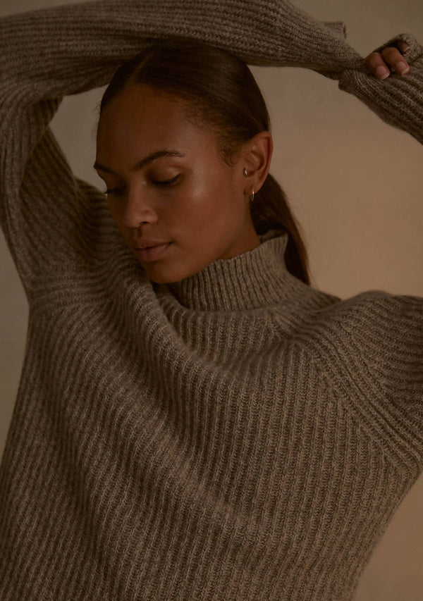 Recycled Cashmere Funnel Neck Sweater in Biscuit Marl