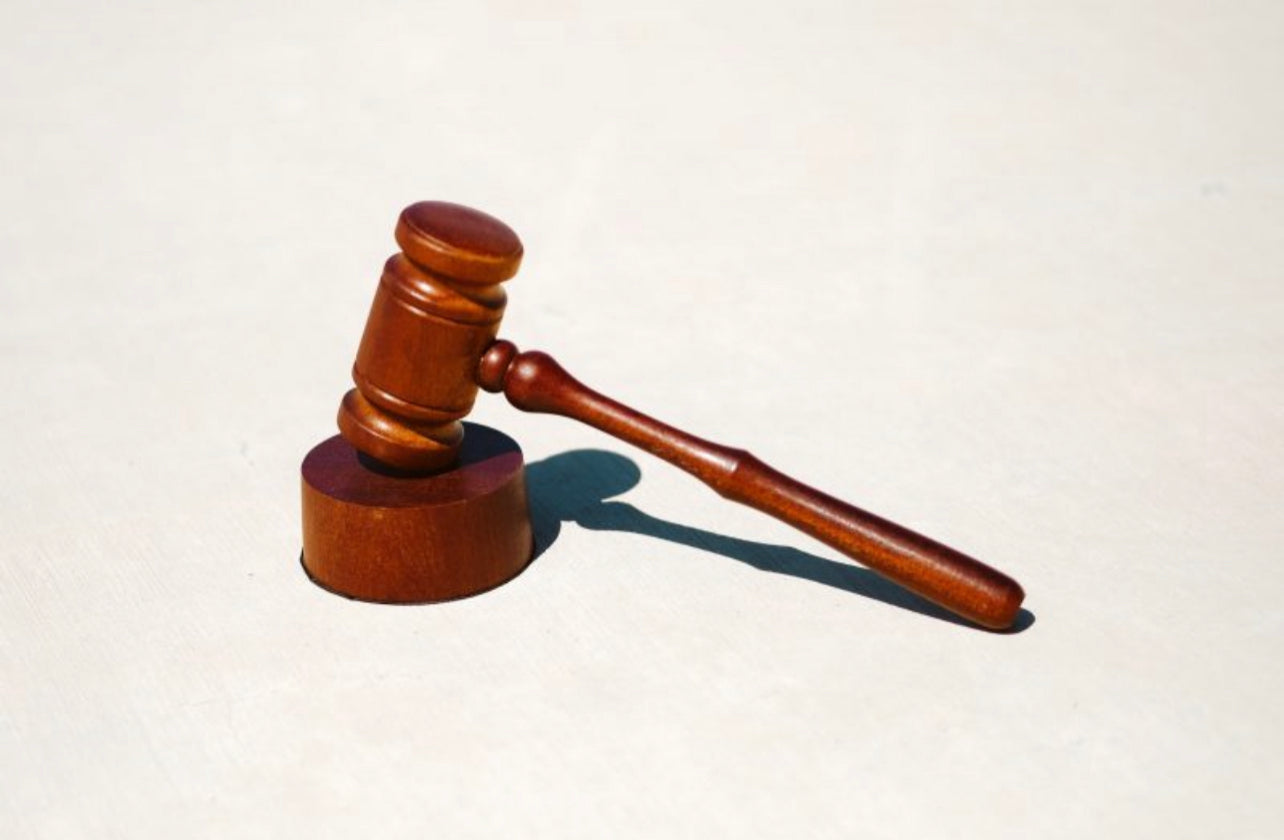 image of the judge's mallet