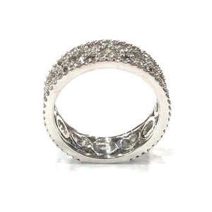 18 Carat White Gold Diamond Heart Band Wedding Ring
