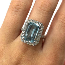 Load image into Gallery viewer, 18 Carat White Gold Aquamarine and Diamond Cluster Ring