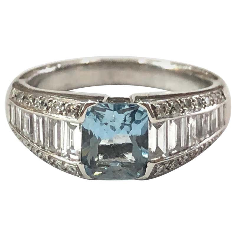 18 Carat White Gold Aquamarine and Baguette Diamond Ring