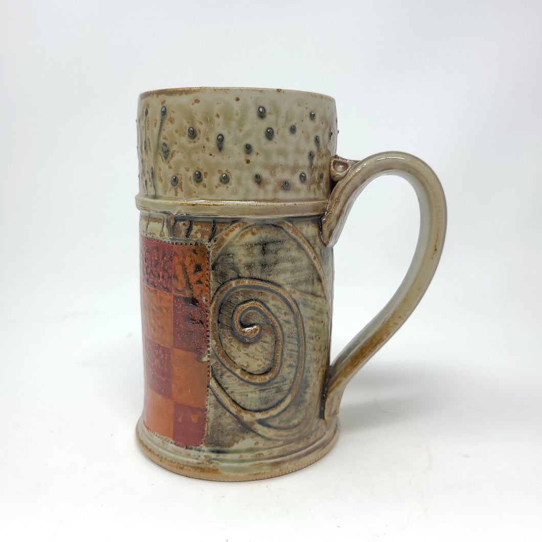 Stein (V07) w/ Orange and red checkers,  24 ounces - 100
