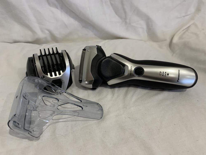Panasonic Electric Shaver Panasonic ES-RT47 Wet and Dry Electric 3-Blade Shaver for Men