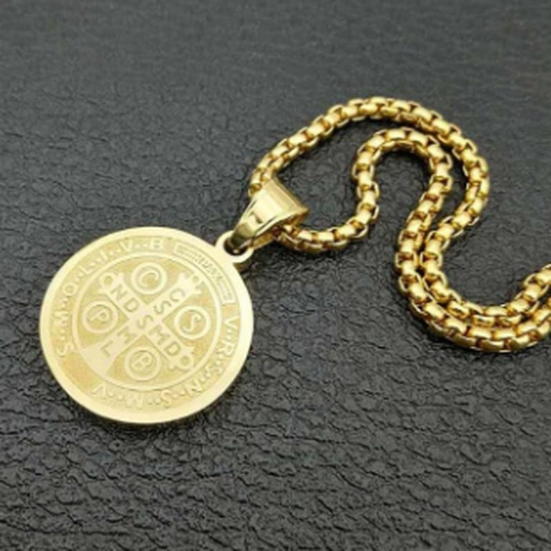 Iced Out Saint Benedict Medal Pendant Necklace Gold Round Catholic Cross Amulet Necklaces for Men Punk Jewelry