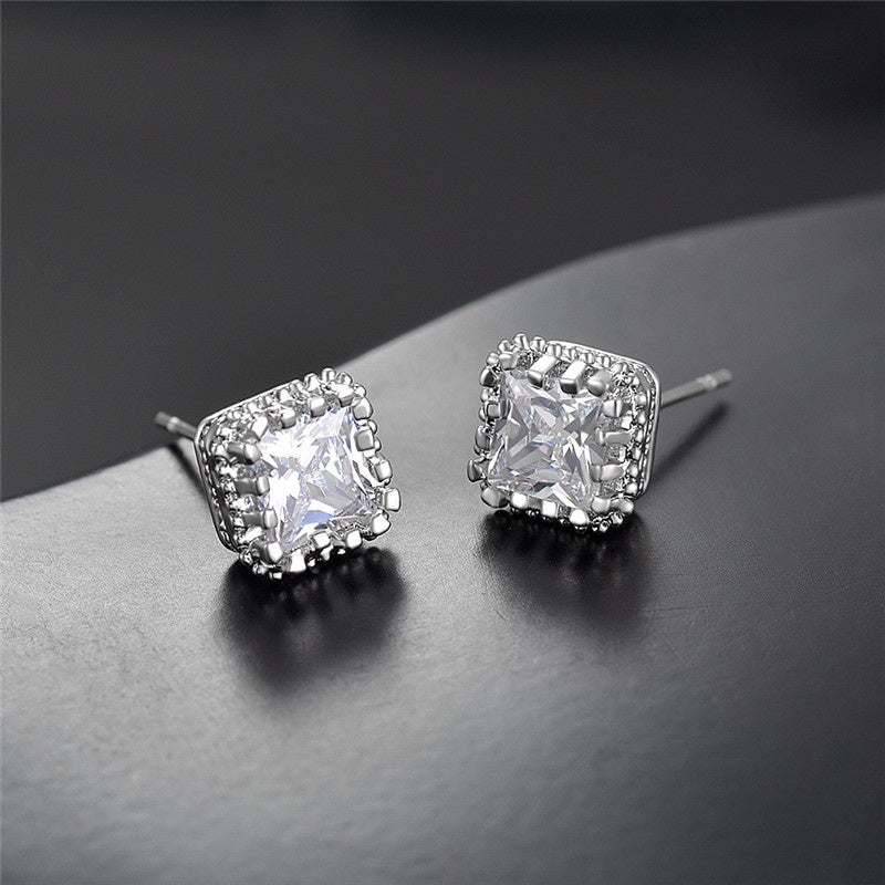 925 Pure Silver Creative Diamond Earrings Health Care Weight Loss Earrings Diamond Earrings Weight Loss Health Care Stimulation Acupoint Stone Earrings Magnetic Therapy Jewelry Wedding Bridal Gifts