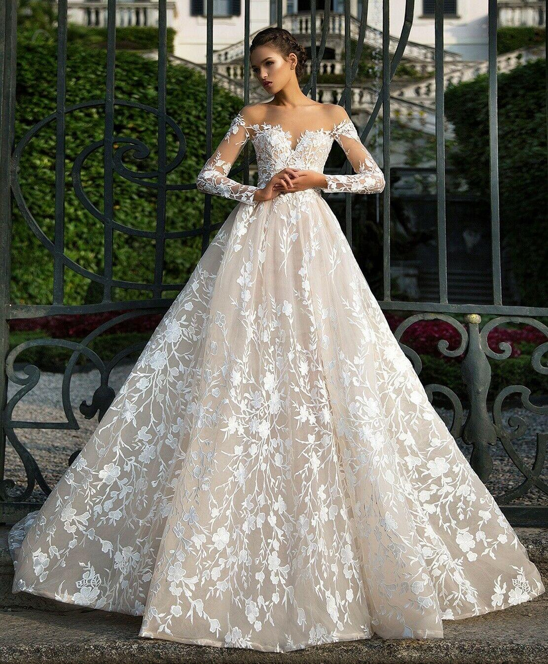 Elegant Long Sleeve Open Back A-Line Bridal Wedding Dress