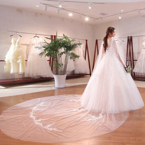 Round Neck Elegant White Removable Lace-Up Back Bridal Wedding Dress - DressMaid Store