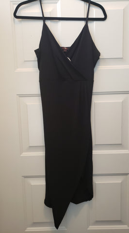 V Neck Black Dress Large