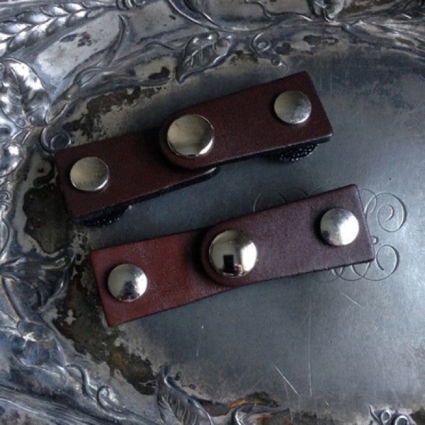 JUL Designs Latch Leather Closures