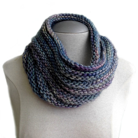 Easy Mobius Cowl Pattern - FREE
