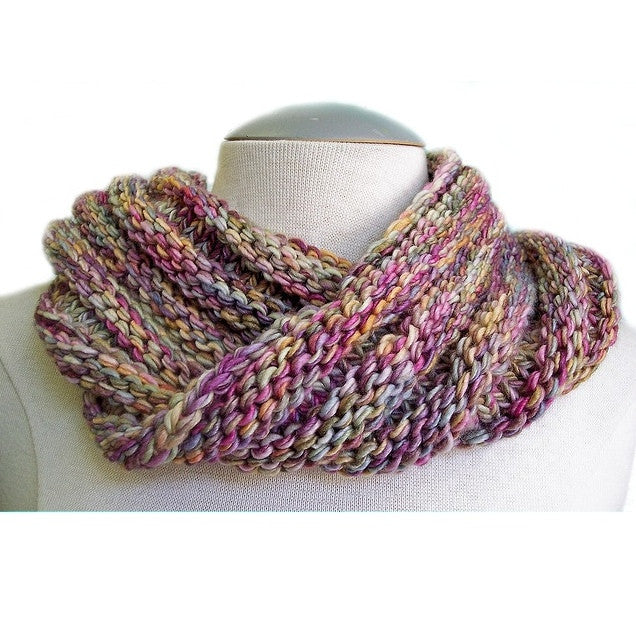 Easy Mobius Cowl Pattern FREE – Knit-O-Matic