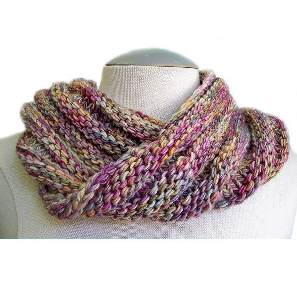 Simple Knit Cowl Pattern : Easy Mobius Cowl Pattern - FREE   Knit-O-Matic