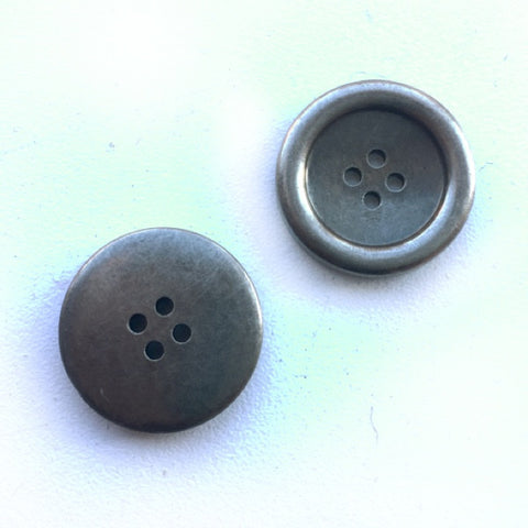 Buttons: Resin 4 Hole Pewter Finish 22mm