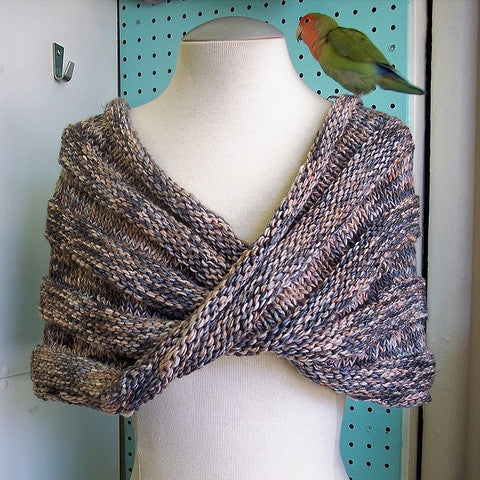 Easy Mobius Capelet Pattern FREE