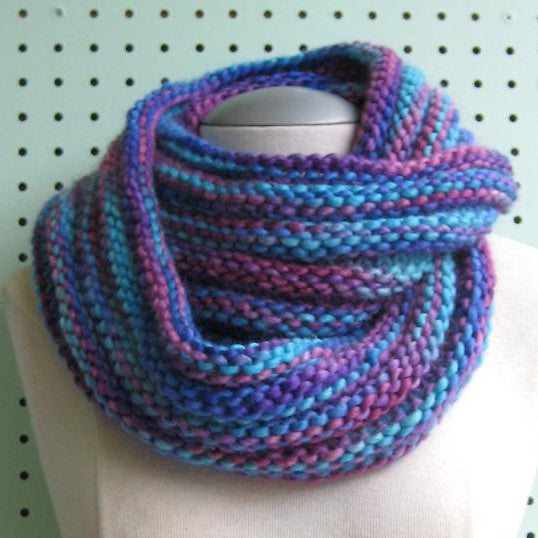 Long Mobius Cowl Pattern Free Knit O Matic
