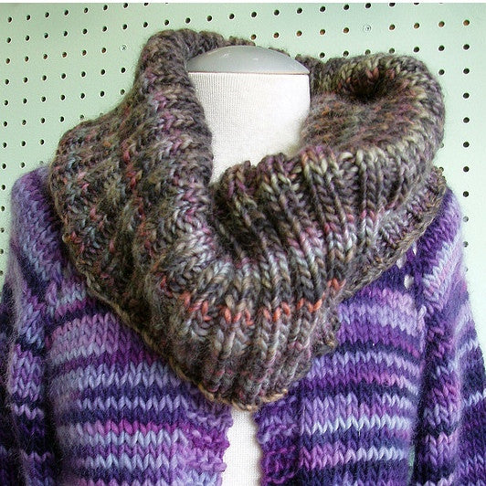 Bulky Ribbed Cowl Pattern FREE - Knit-O-Matic