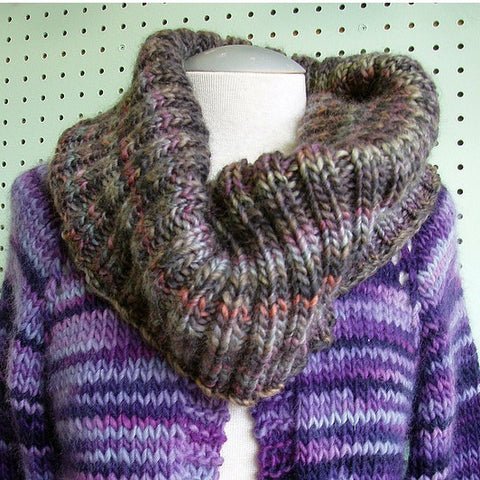 Bulky Ribbed Cowl Pattern FREE