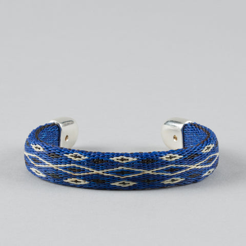 BENDABLE HORSE HAIR BRACELET BLUE/BLACK/WHITE