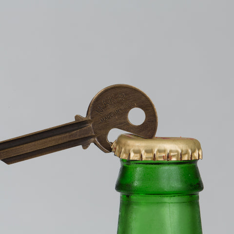 BOTTLE KEY ANTIQUE BRASS