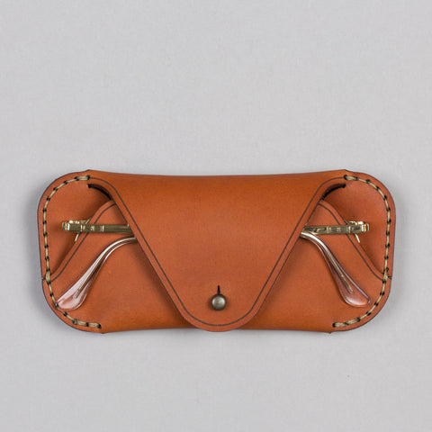 EYEWEAR SLEEVE SADDLE TAN