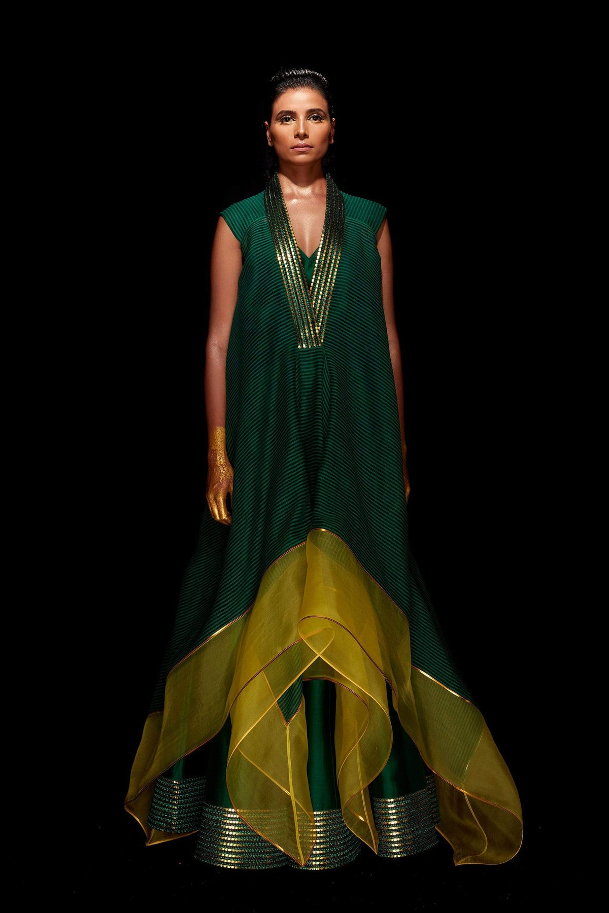 Amit Aggarwal Capes Striped asymmetric kurta with flared pants in green
