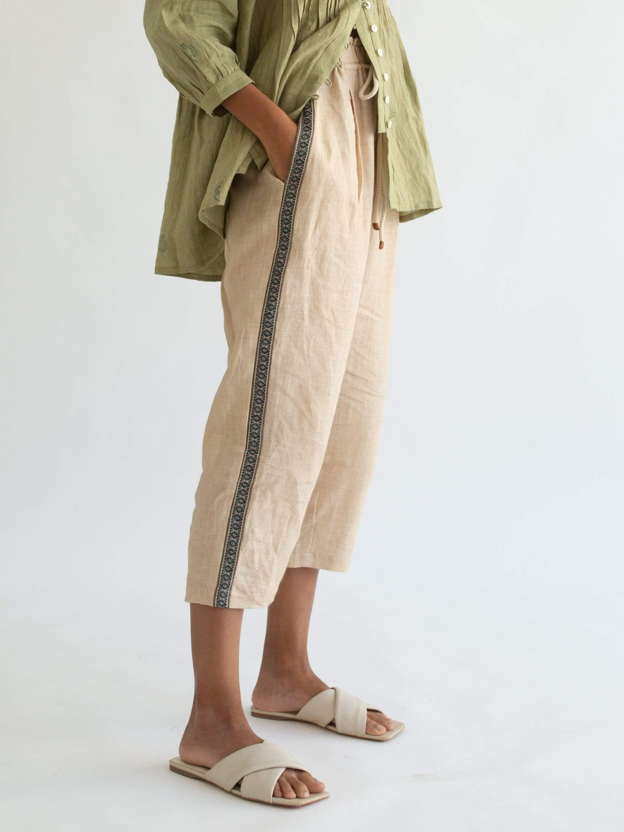 Cord Bottoms Twain pants in ivory