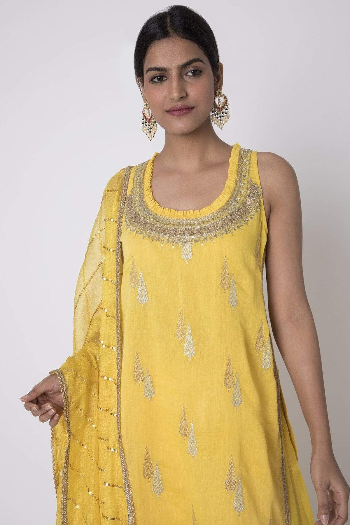 Gopi Vaid Kurtas Yellow cotton silk sleevless sharara set