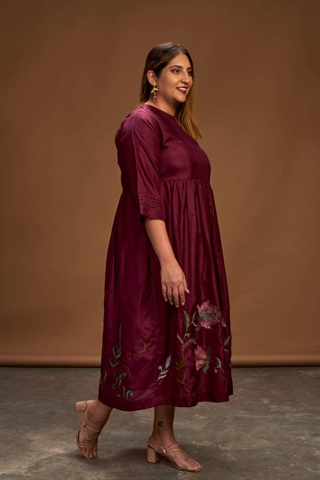 Half Full Curve Dresses Maroon dress