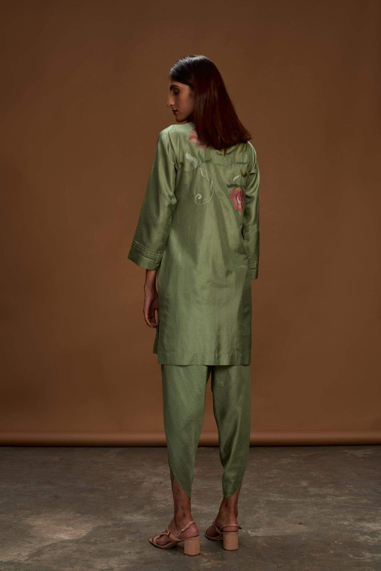 Half Full Curve Kurtas Green kurta set