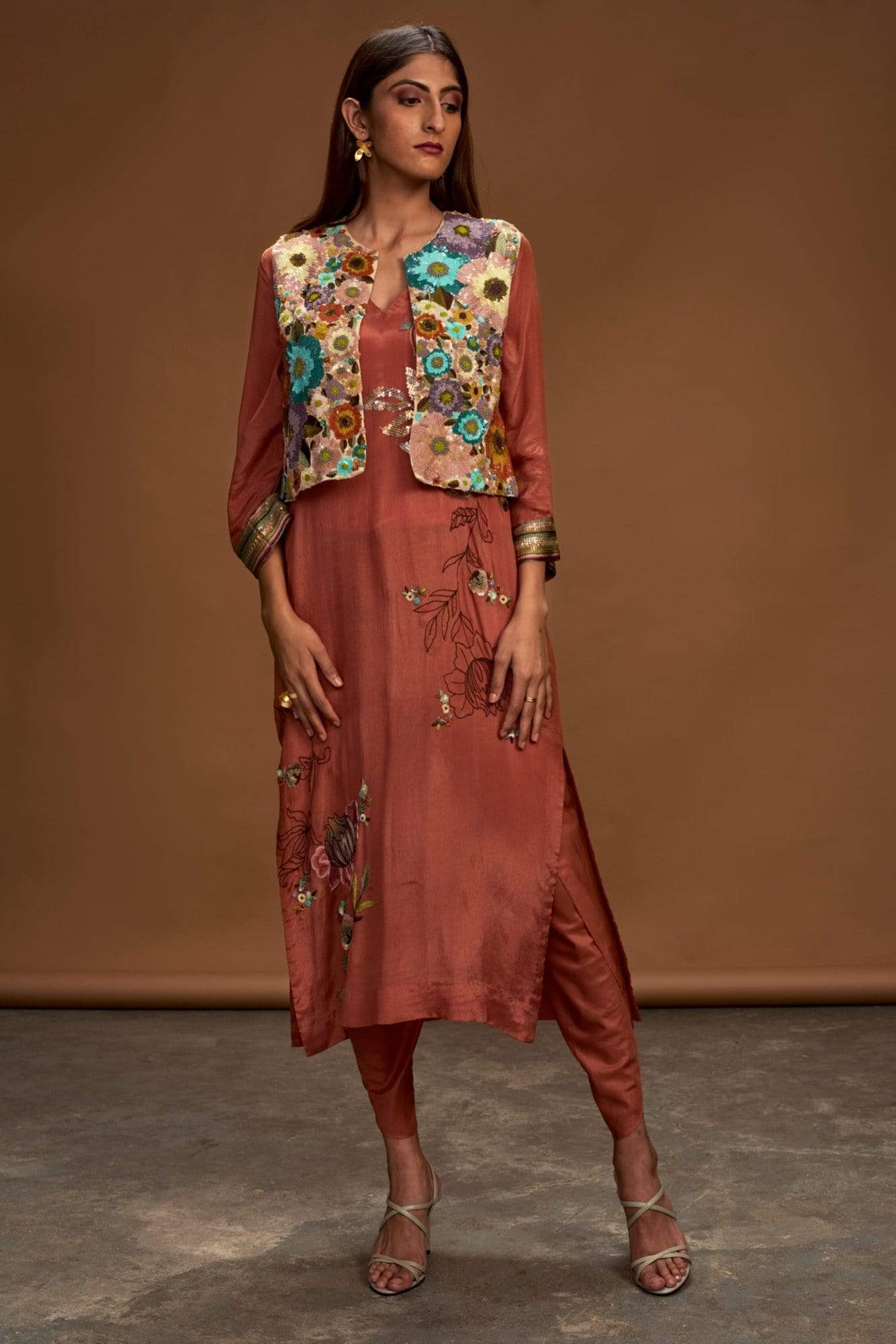 Half Full Curve Kurtas Kurta set in chiffon
