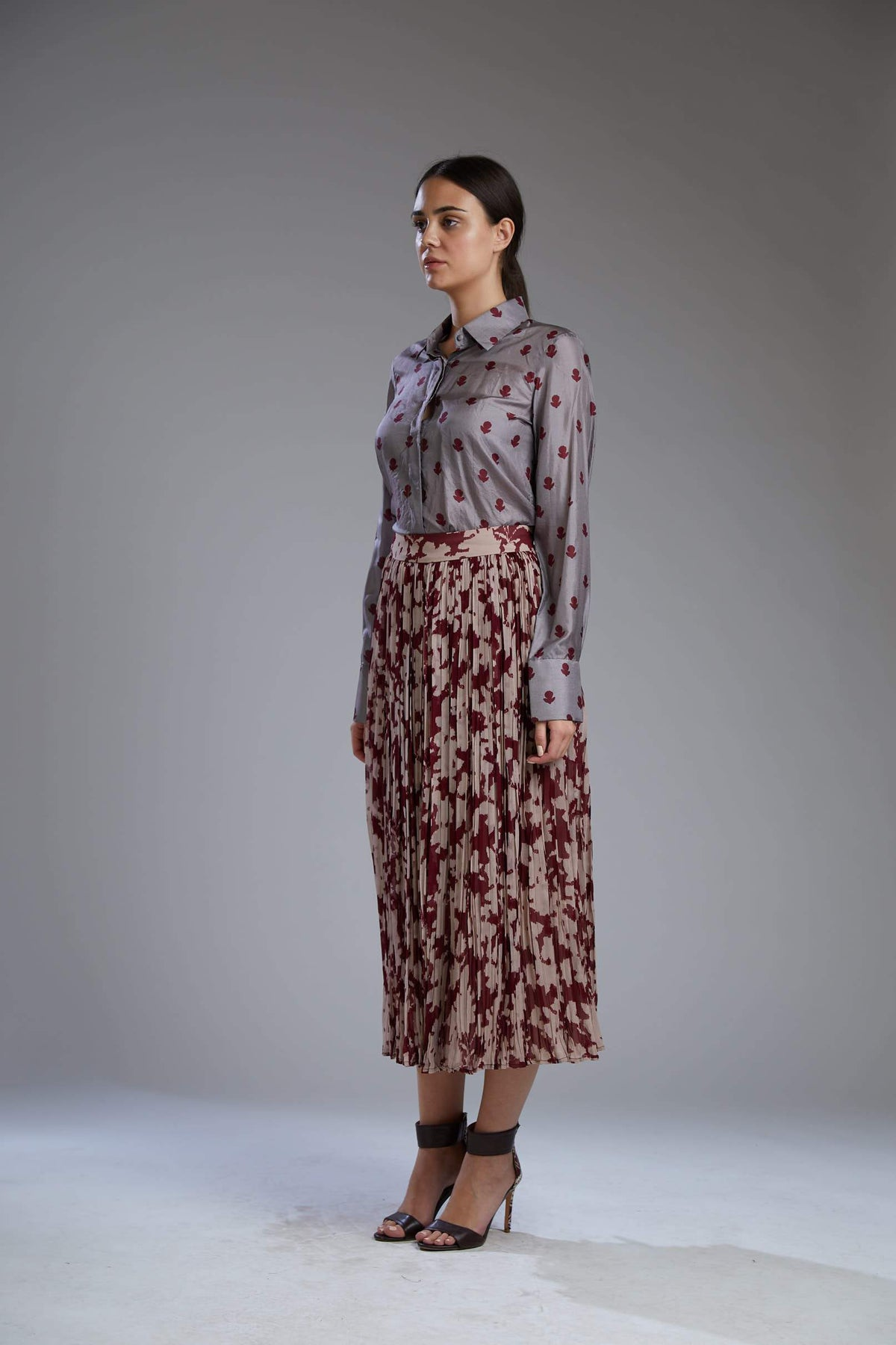 Koai Bottoms Wine and beige crinckled skirt