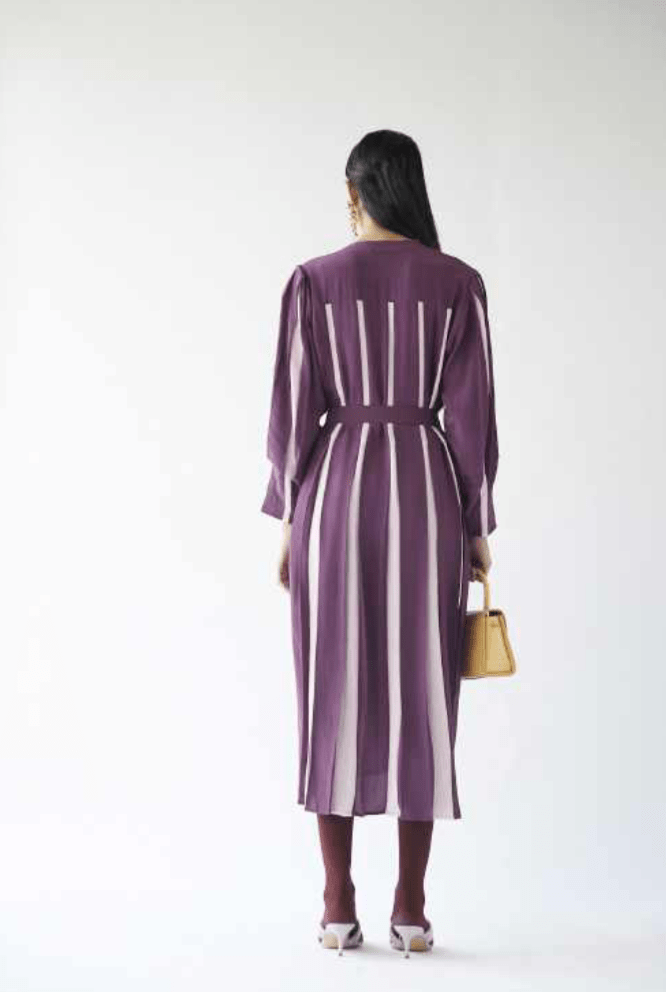 Lovebirds Dresses Linear purple dress