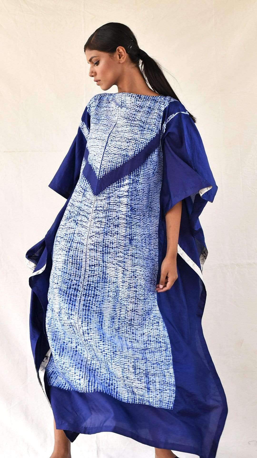 Medium Kaftans Navy-blue Silk Shibori Kaftan