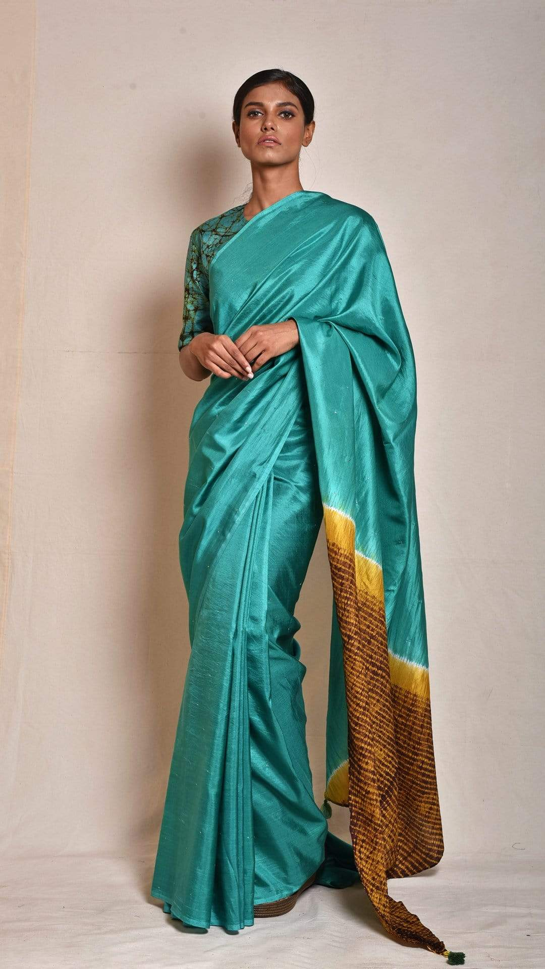 Medium Sarees Sea-green Abstract Nui-shibori Saree