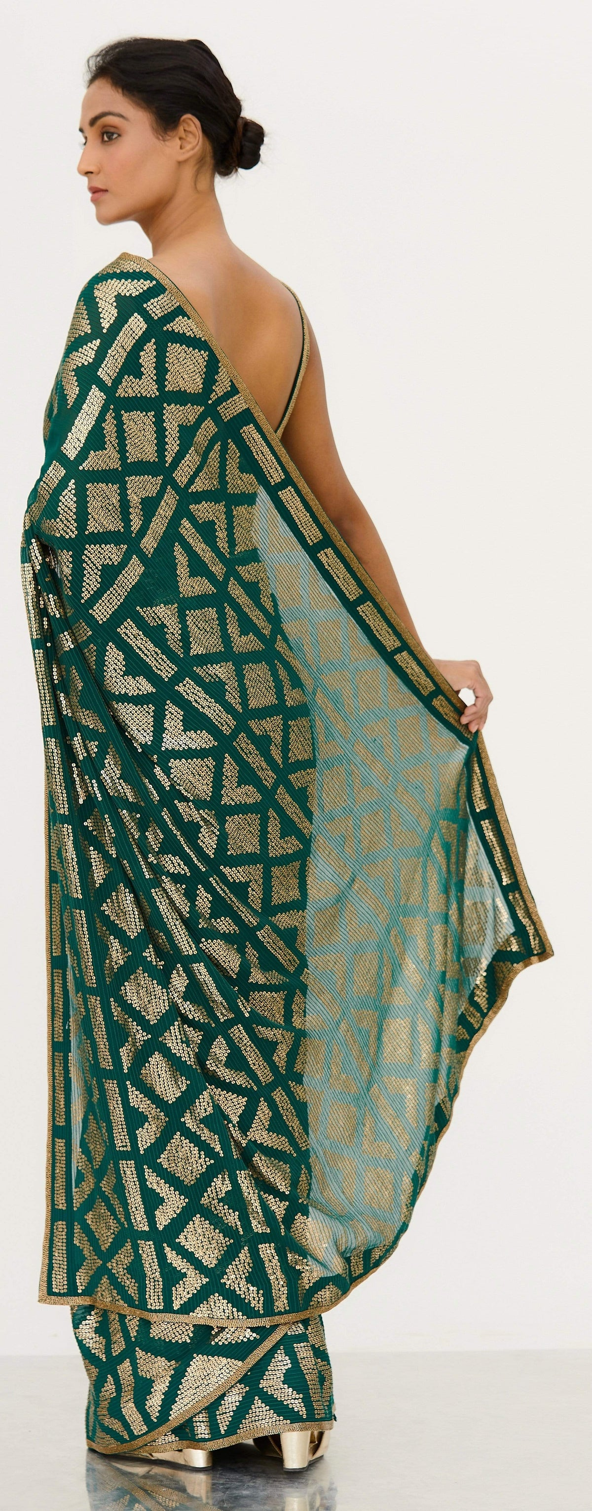 Nakul Sen Sarees Emerald chiffon embroidered saree